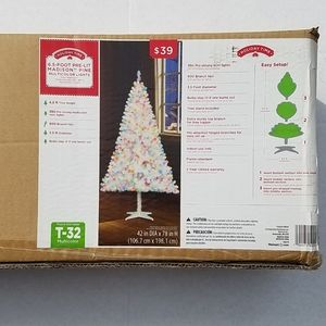 Holiday Time 6.5 Foot Pre-Lit Madison Pine Multoco